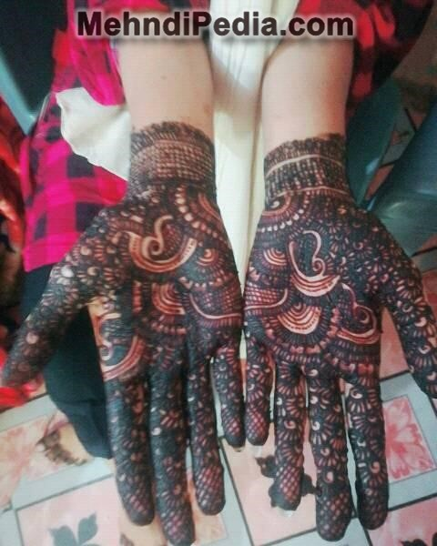 both hand cute mehndi designs