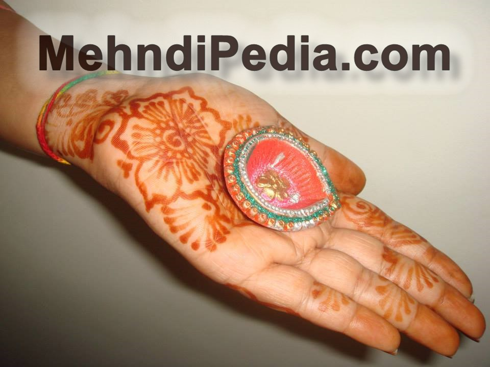 simple and easy home front hand mehndi designs free