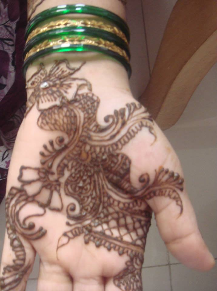 simple front hand mehndi design easy only , Mehndi Pedia