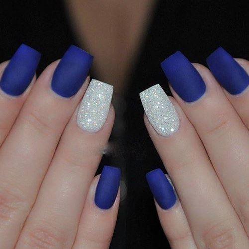 Blue-Eyed Short Nail Art