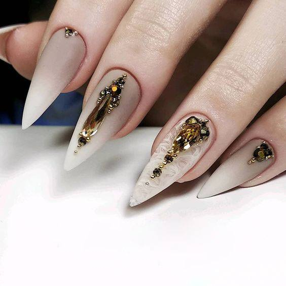 Dots and Lines Design for Short Nails